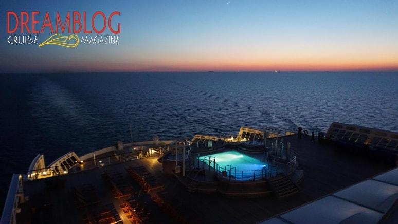 Queen Mary 2 Scia Tramonto