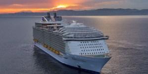 Royal Caribbean offre il lavoro dei sogni: un anno in crociera a 2mila euro a settimana