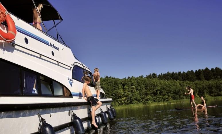 Le_Boat_famiglia_tuffi