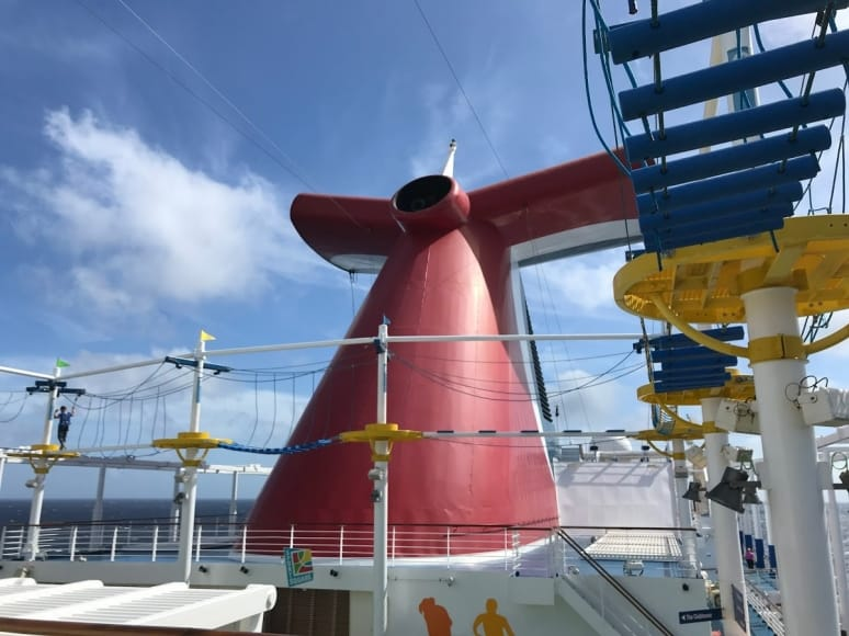 Sports-Sqare-Carnival-Cruise-Line
