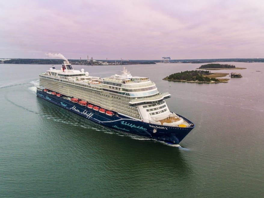 TUI Cruises: consegnata a Kiel la nuova Mein Schiff 2