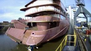 Video, in Olanda il float out di Celebrity Flora, prossima nave da spedizione di Celebrity Cruises