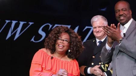 Oprah Winfrey, da star della tv a madrina della Nieuw Statendam, nuova ammiraglia di Holland America