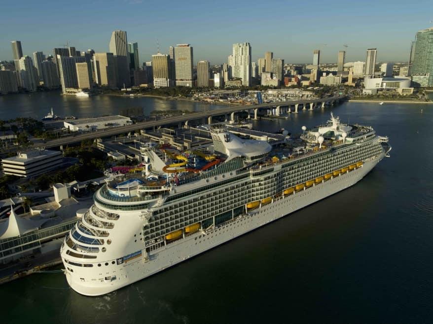 Royal Caribbean: torna in servizio la rinnovata Navigator of the Seas