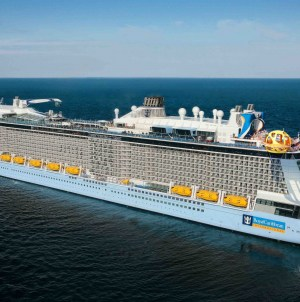 Royal Caribbean: Civitavecchia e Napoli unici scali italiani di Spectrum of the Seas, prima unità di classe Quantum Ultra